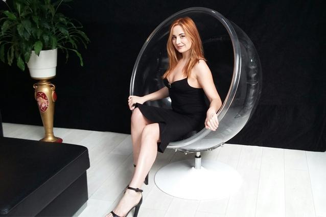 Русская певица в прошлом порноактриса, онлайн секс на улице за деньги с незнакомцем молодые